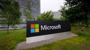Microsoft backs Epic's Apple battle on game technology access