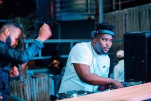 Loxion Deep – Top Dawg Sessions Mix