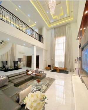See House – Rudeboy Shows Off How Good Life Is Treating Him In His Luxurious Parlor