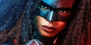 Batwoman Season 2 Poster Confirms Javicia Leslie's Costume Breaks Arrowverse Tradition