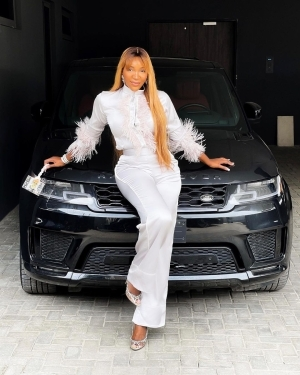 TV Host, Idia Aisien Shows Off The 2021 Autobiography Range Rover Her Siblings Gave Her As Birthday Gift (Photos)