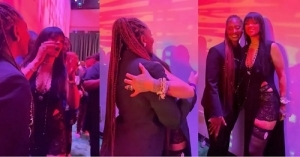 """""""Oh My God"""" – Rihanna Screams With Joy As She Meets Nigerian Singer, Tems For The First Time (Video)"""