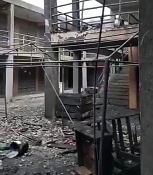 Fire guts Bayelsa Plaza in the Lagos Trade Fair Complex (video)