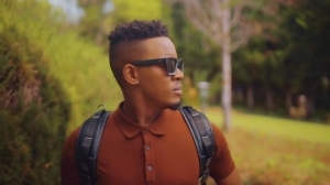 Sun-EL Musician – Ubomi Abumanga ft. Msaki (Video)