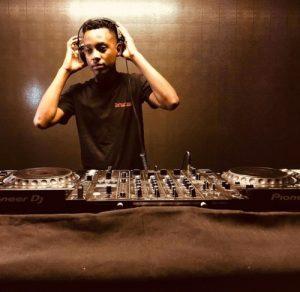 Mas MusiQ – Siyakhona ft. Daliwonga X Howard