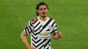 Brother insists Cavani committed to Man Utd contract