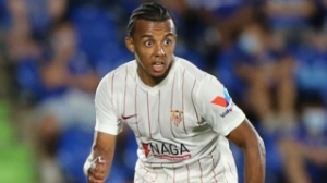 Sevilla defender Kounde clarifies cryptic tweet after failed Chelsea move