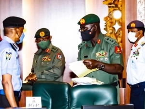 Only Buhari can sack service chiefs, says presidency
