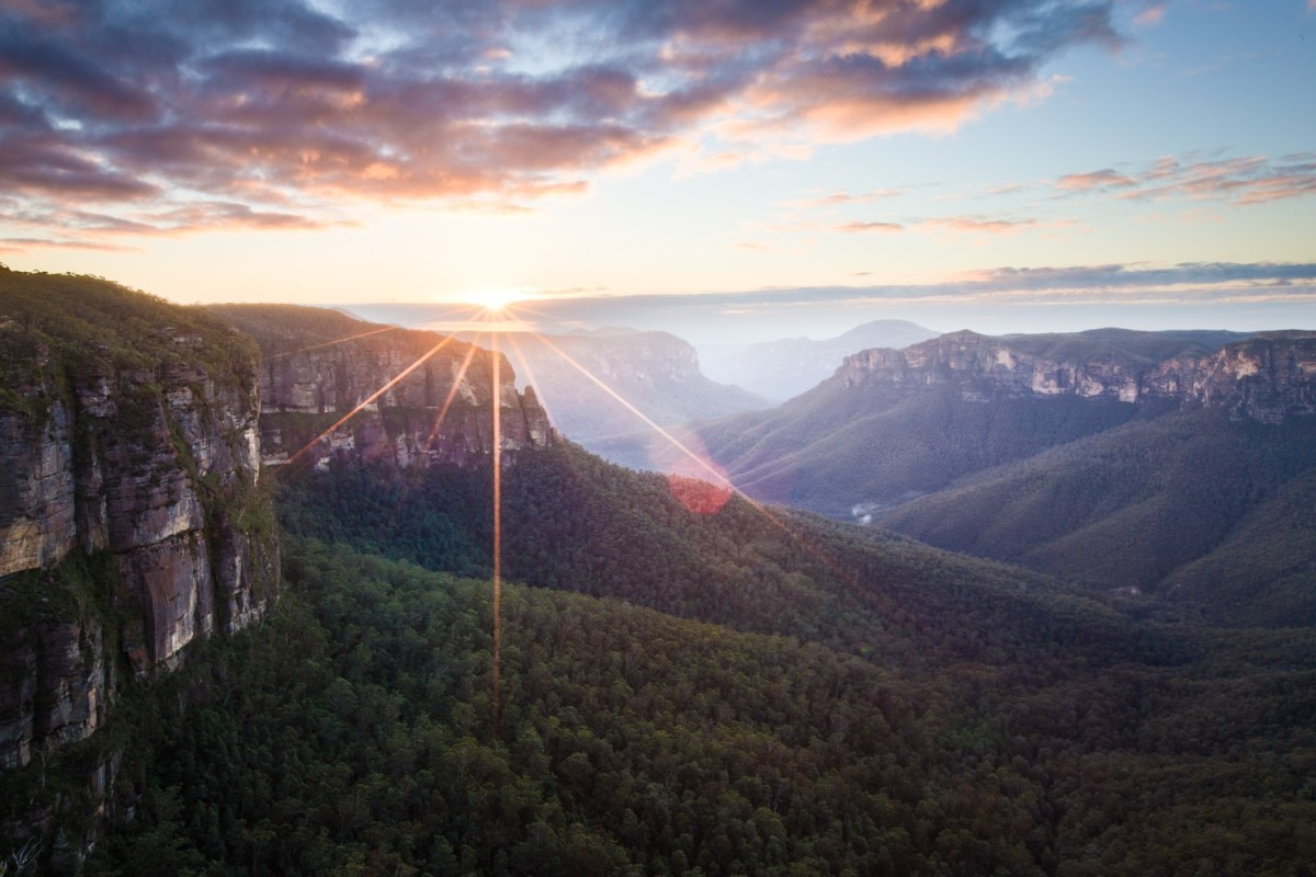 Rachel Dimond, sunrise, govetts leap, blue mountains, national park, nsw