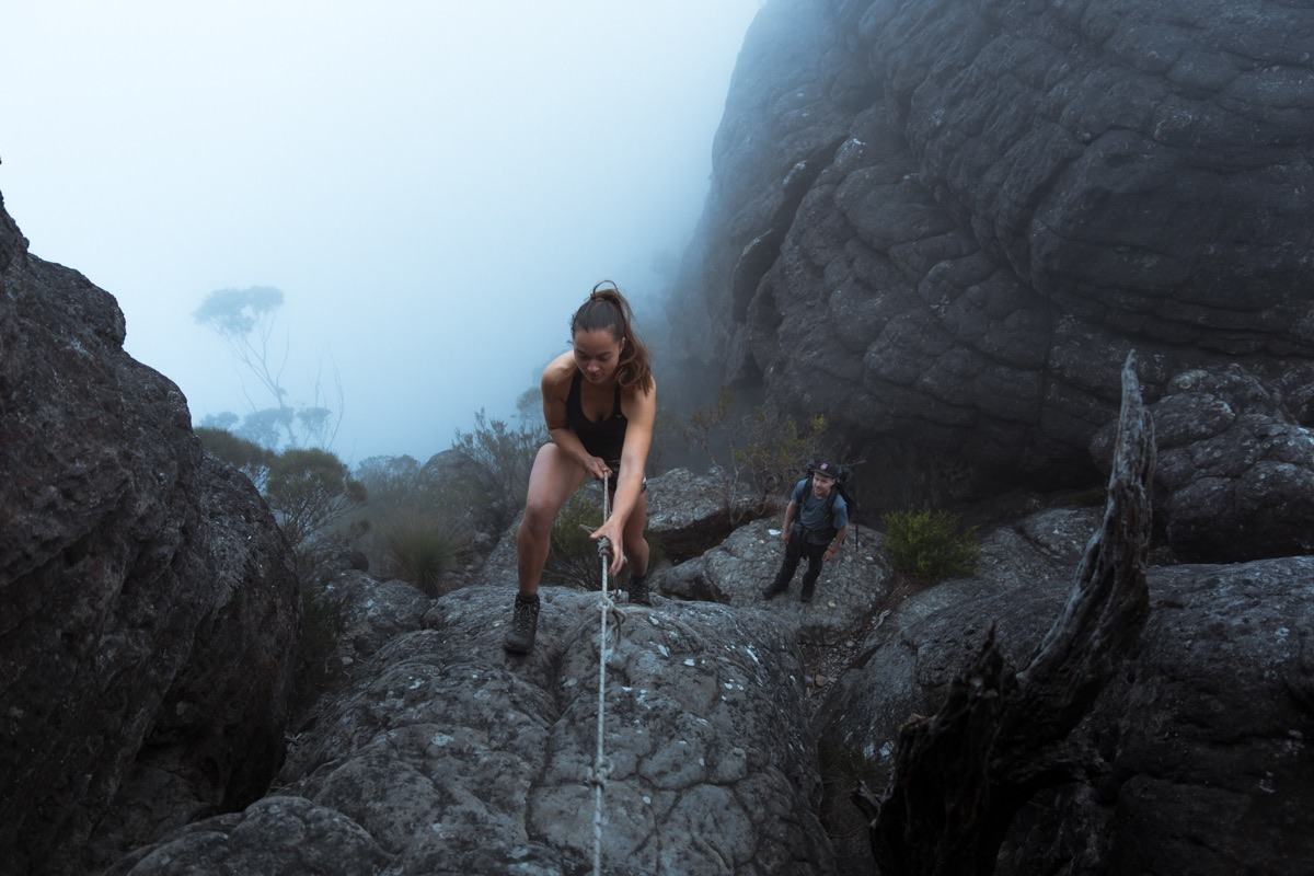 Tim clark, climbing the castle, budawangs, shoalhaven, stella, girl, rope, mist, NSW