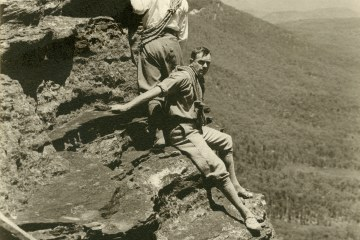 Eric Dark and Eric Lowe Rock Climbing, boar's head rock, blue mountains, history of australian climbing