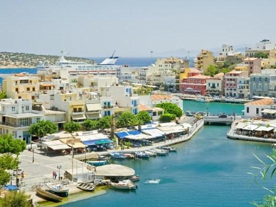 Imaginea articolului Atenţionare pentru turiştii care pleacă în vacanţă în Grecia. Risc de incendiu în cinci insule preferate de români