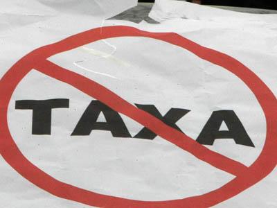 Maşinile deţinute de persoanele cu handicap, scutite de taxa auto