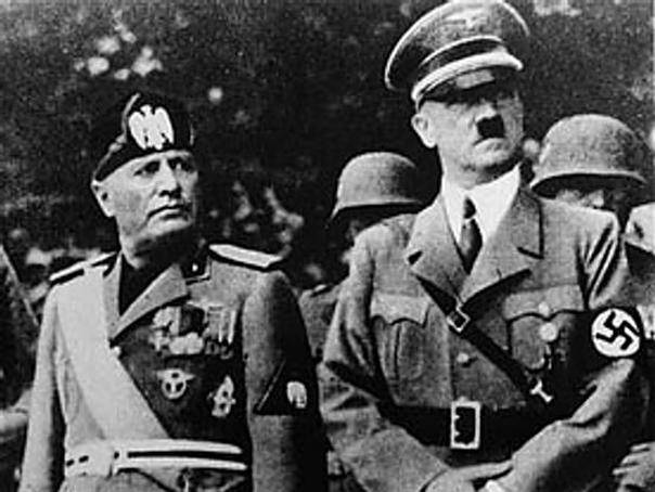 Benito Mussolini si Adolf Hitler