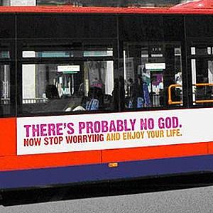 Mesaje ateiste pe autobuzele din Marea Britanie (Imagine: Media Guardian)