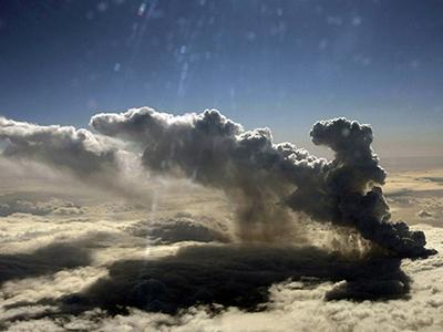 Imaginea articolului Aeroporturile din Islanda, închise din nou din cauza norului de cenuşă vulcanică