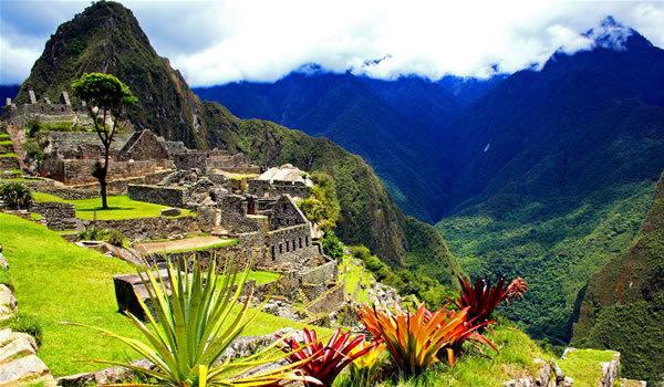 Machu Picchu - 100 de ani de mister