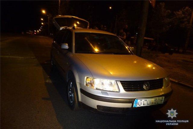 18-летний водитель в Киеве битой проломил голову полицейскому за замечание на заправке 03