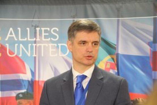 Возобновление заседаний комиссии Украина-НАТО на министерском уровне возможно в апреле, - Пристайко