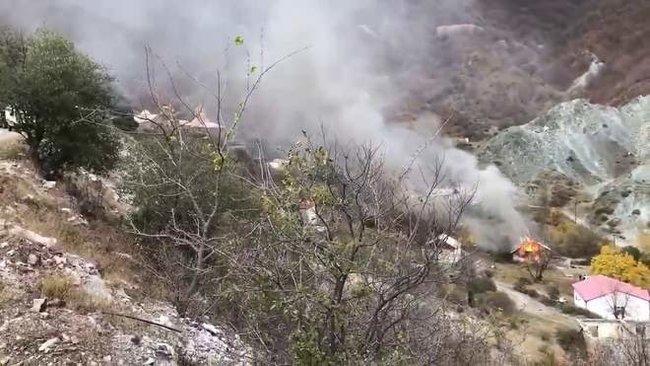 Вірмени спалили село Чарактар у Карабасі, але Азербайджан його так і не зайняв 02