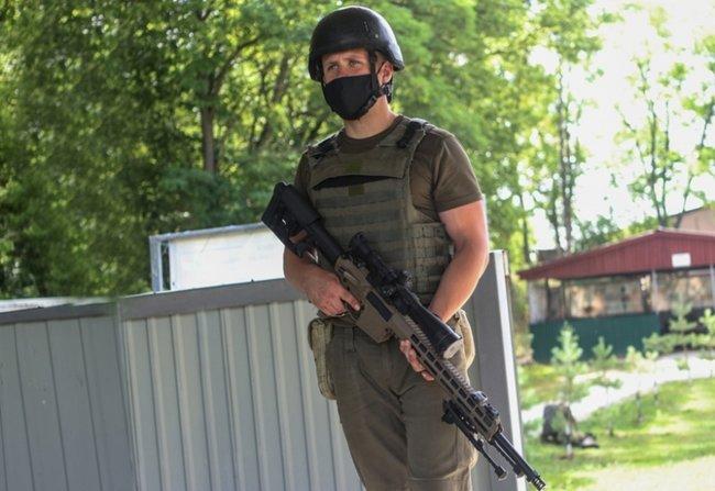 Нову українську снайперську гвинтівку випробували в справі курсанти Академії Нацгвардії 03