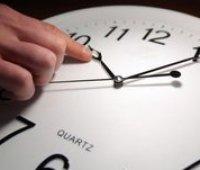 Украина может отменить перевод часов на зимнее и летнее время вслед за ЕС