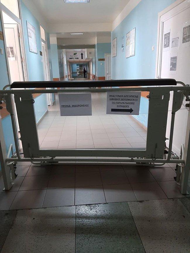 Київська лікарня №8 відмовилася приймати пацієнтів із коронавірусом: медиків не забезпечили засобами захисту, - журналістка Даниленко 01