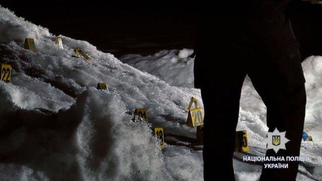 Неизвестные открыли стрельбу по группе людей в Харькове: 2 человека ранены, нападавшие скрылись, - Нацполиция 01