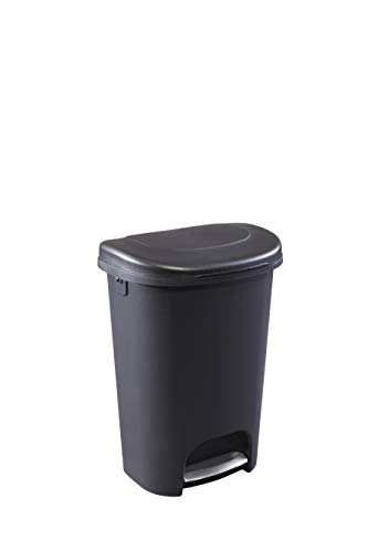 Rubbermaid Step-On Lid Trash Can for Home