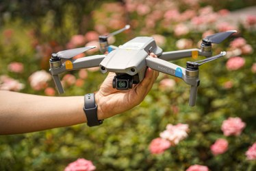 Mavic Air 2 Review: 48MP Camera, 8K Hyperlapse, and More! - DJI