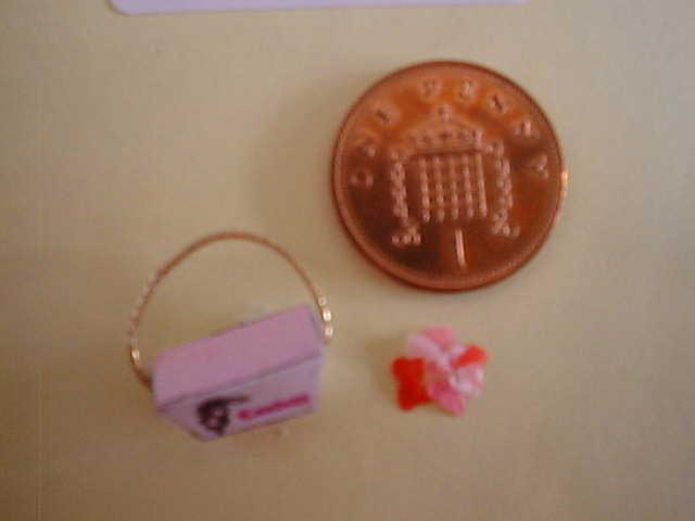 miniature confetti