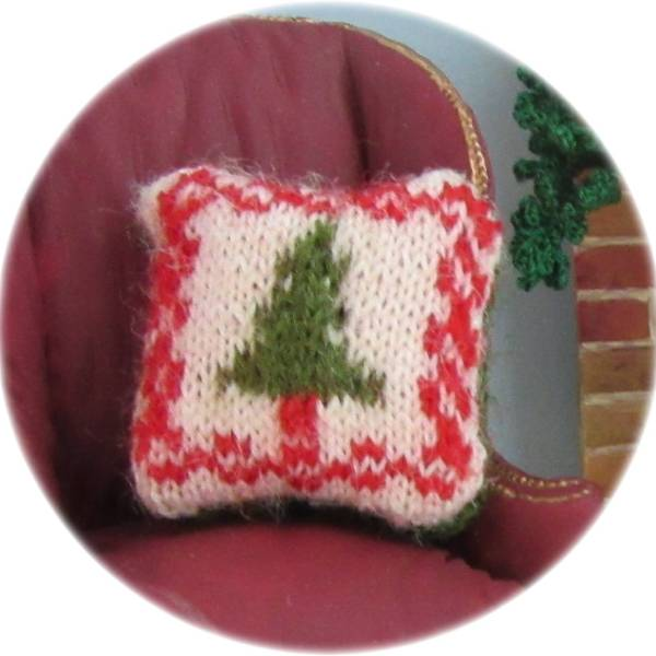 pattern for miniature cushion