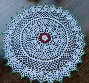 Pattern for a Tudor rose doily