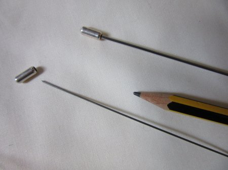 Miniature knitting needles