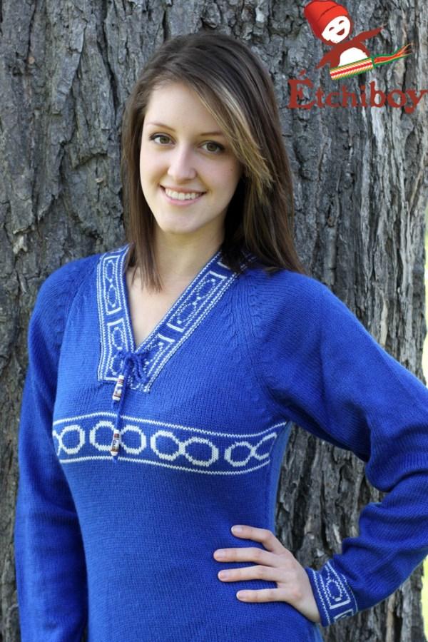 Blue Sweater With Métis Infinity Chandail Bleu Avec Infini Métis 2