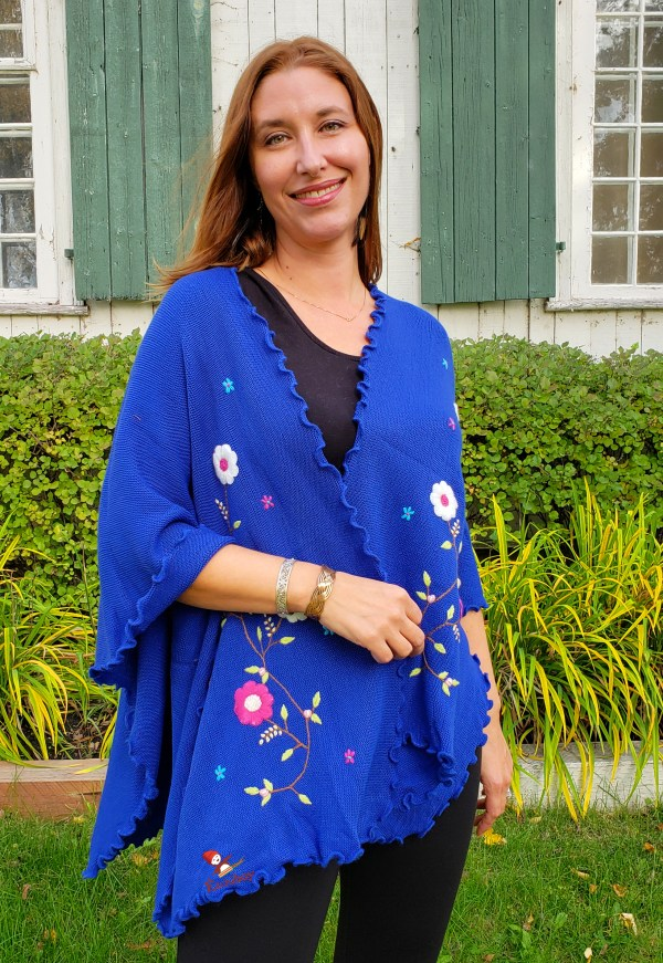 Flower Shawl Blue Châle Fleuri Bleu 1