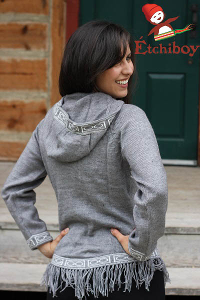 Hooded Grey Sweater With Bisons Chandail Gris Avec Capuchon Avec Bisons 3