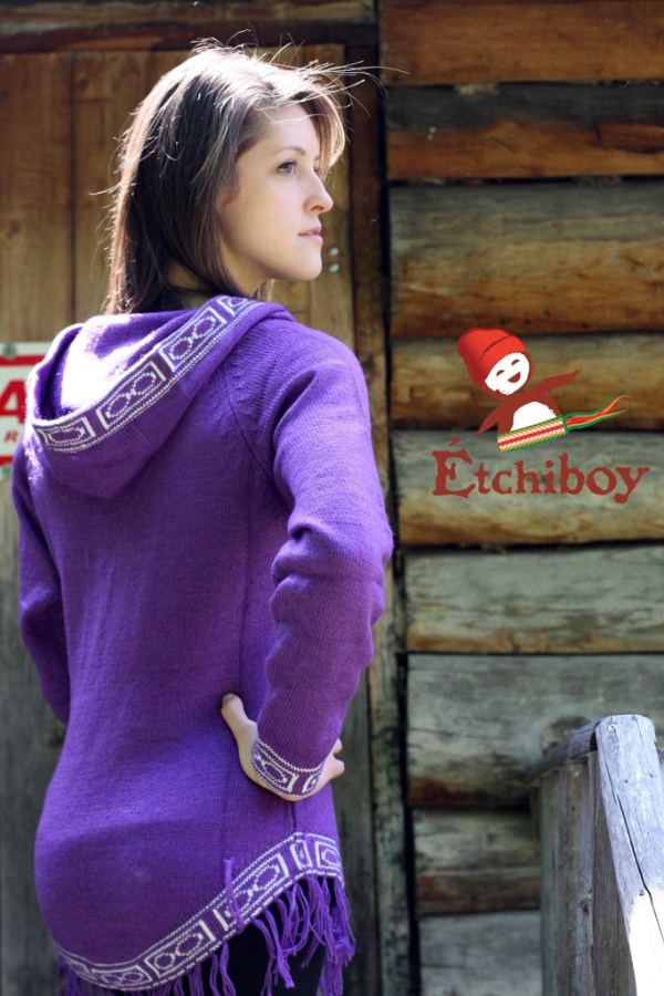 Hooded Violet Sweater With Bison Chandail Violet Avec Capuchon Avec Bisons 2