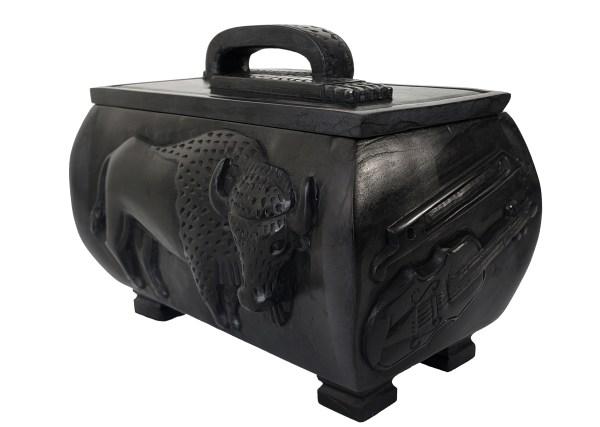 Étchiboy Carved Metis Box Coffre Métis Gravé 2