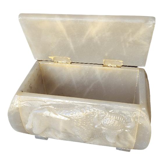 Étchiboy Carved Metis Box Coffre Métis Gravé 7
