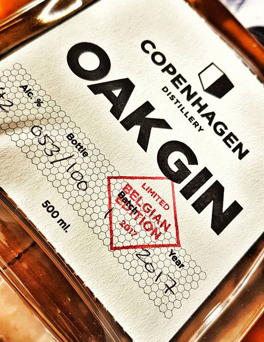 Copenhagen-Oak-Gin-bottle-3