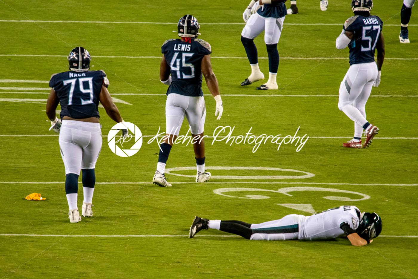 Philadelphia, PA – August 8, 2019: Philadelphia Eagles backup Quaterback Nate Sudfeld is injured - Kelleher Photography Store