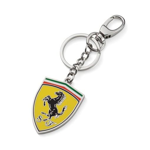Portachiavi Ferrari Con Scudetto In Metallo
