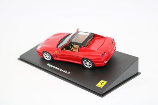 FERRARI GT COLLECTION 143 Superamerica 2005 3 scaled