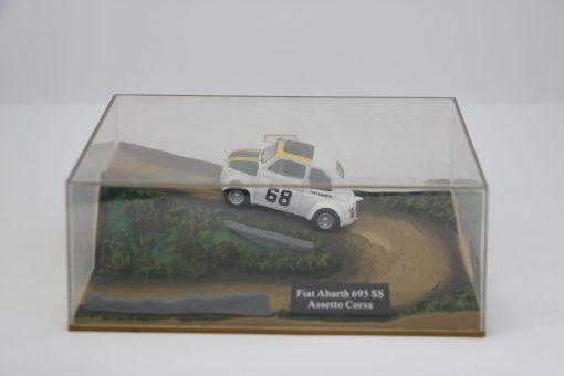 Hachette 143 Fiat Abarth 695 SS Assetto Corsa DIORAMA 1 scaled