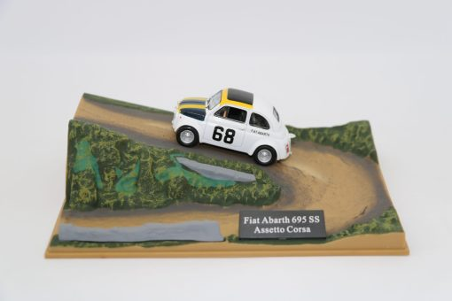 Hachette 143 Fiat Abarth 695 SS Assetto Corsa DIORAMA scaled