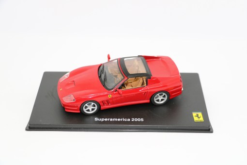 FERRARI GT COLLECTION 143 Superamerica 2005 1