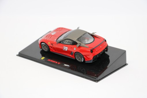 Hotwheels Elite 143 Ferrari 599XX Rosso corsa retro