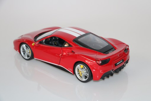 Bburago 118 Ferrari 488 GTB 70th anniversary Collection 5