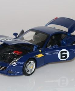 Bburago 118 Ferrari California T 70th Anniversary Collection 1